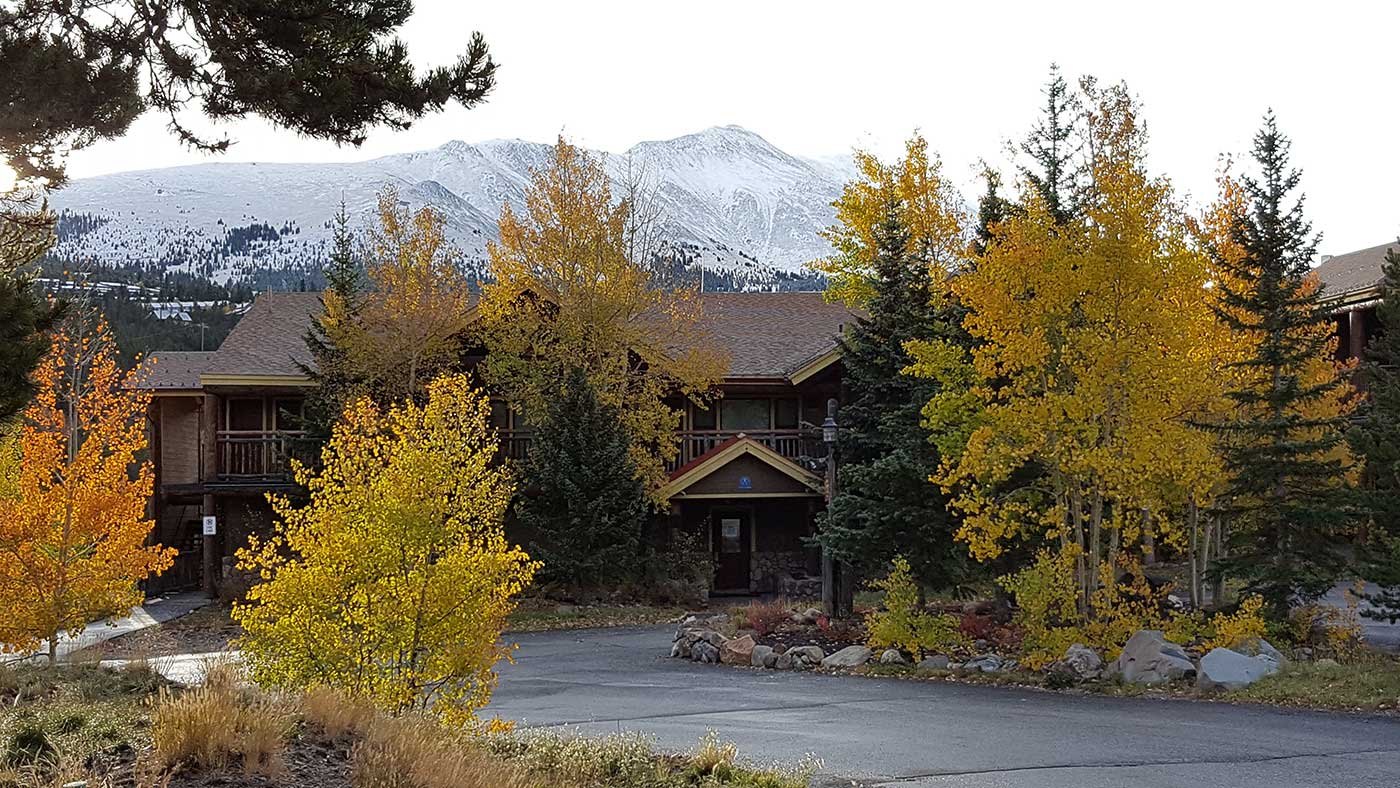 Facade of The Lodge and Mountain
