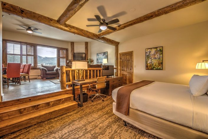 Sunlight Peak Suite